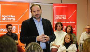 """José Luis Ábalos: """"El Gobierno, con su inactividad más absoluta, tiene paralizado al país, que sufre serios problemas""""."""