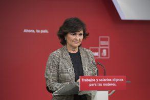 Carmen-Calvo-durante-la-rueda-de-prensa-293×195